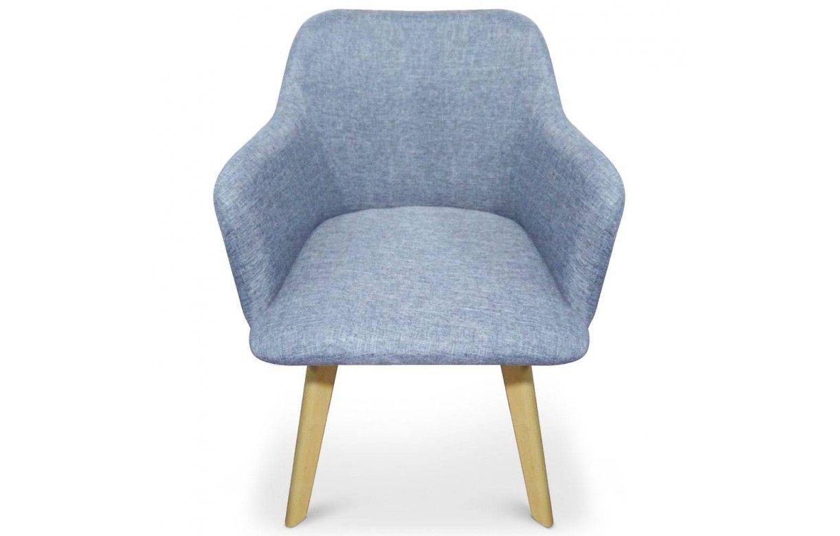 Chaise design style scandinave avec pieds en bois clair for Chaise design scandinave