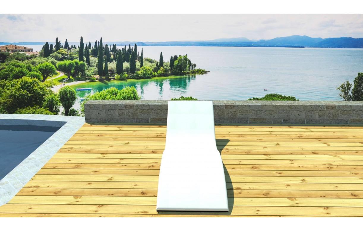 transat bain de soleil ondul avec matelas en r sine. Black Bedroom Furniture Sets. Home Design Ideas