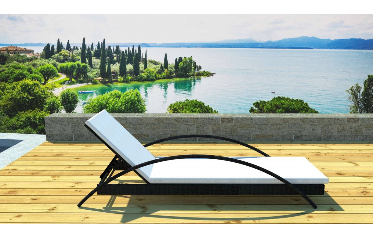 transat bain de soleil design avec matelas sanary. Black Bedroom Furniture Sets. Home Design Ideas