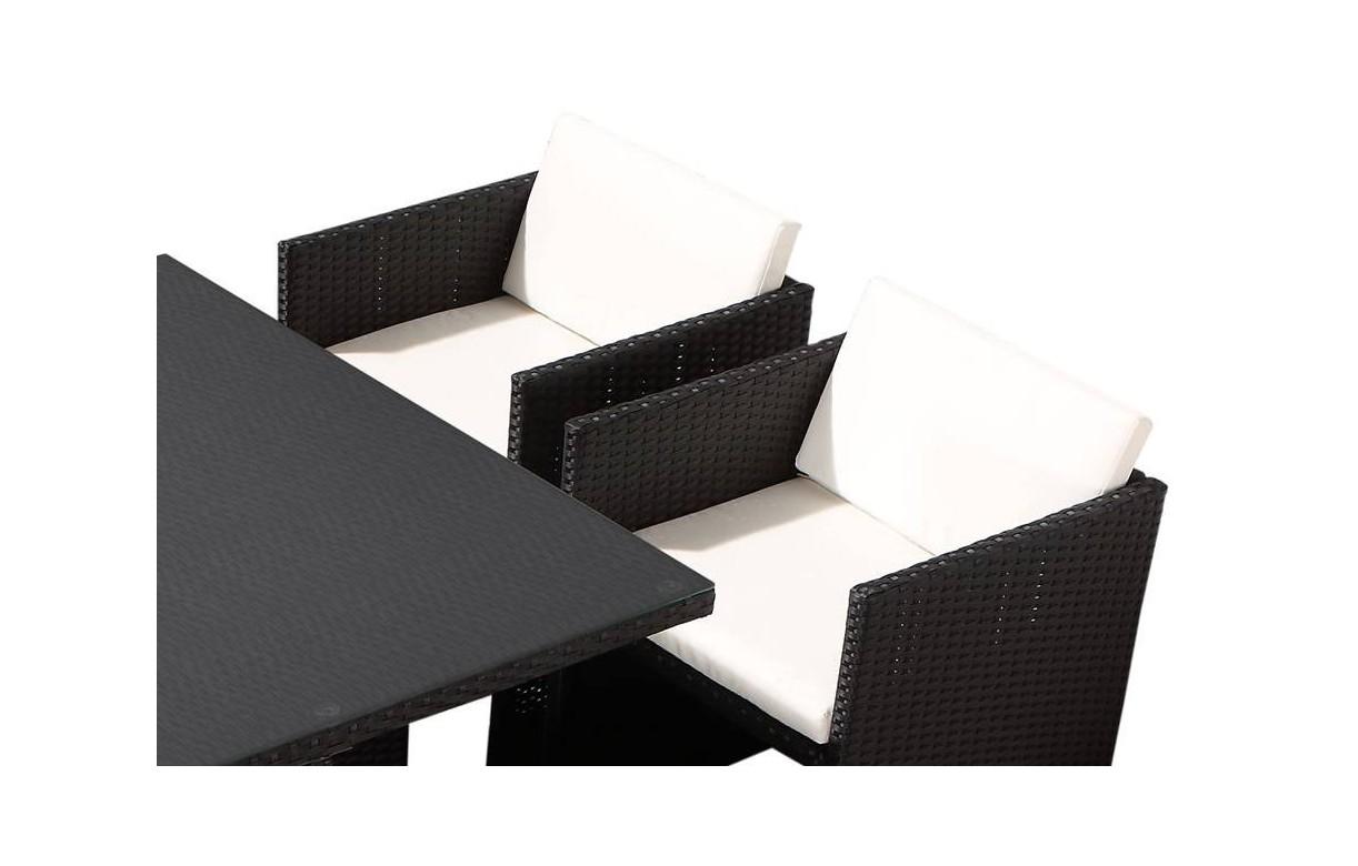 ensemble de repas d 39 ext rieure encastrable avec 4 fauteuils et 2 poufs. Black Bedroom Furniture Sets. Home Design Ideas