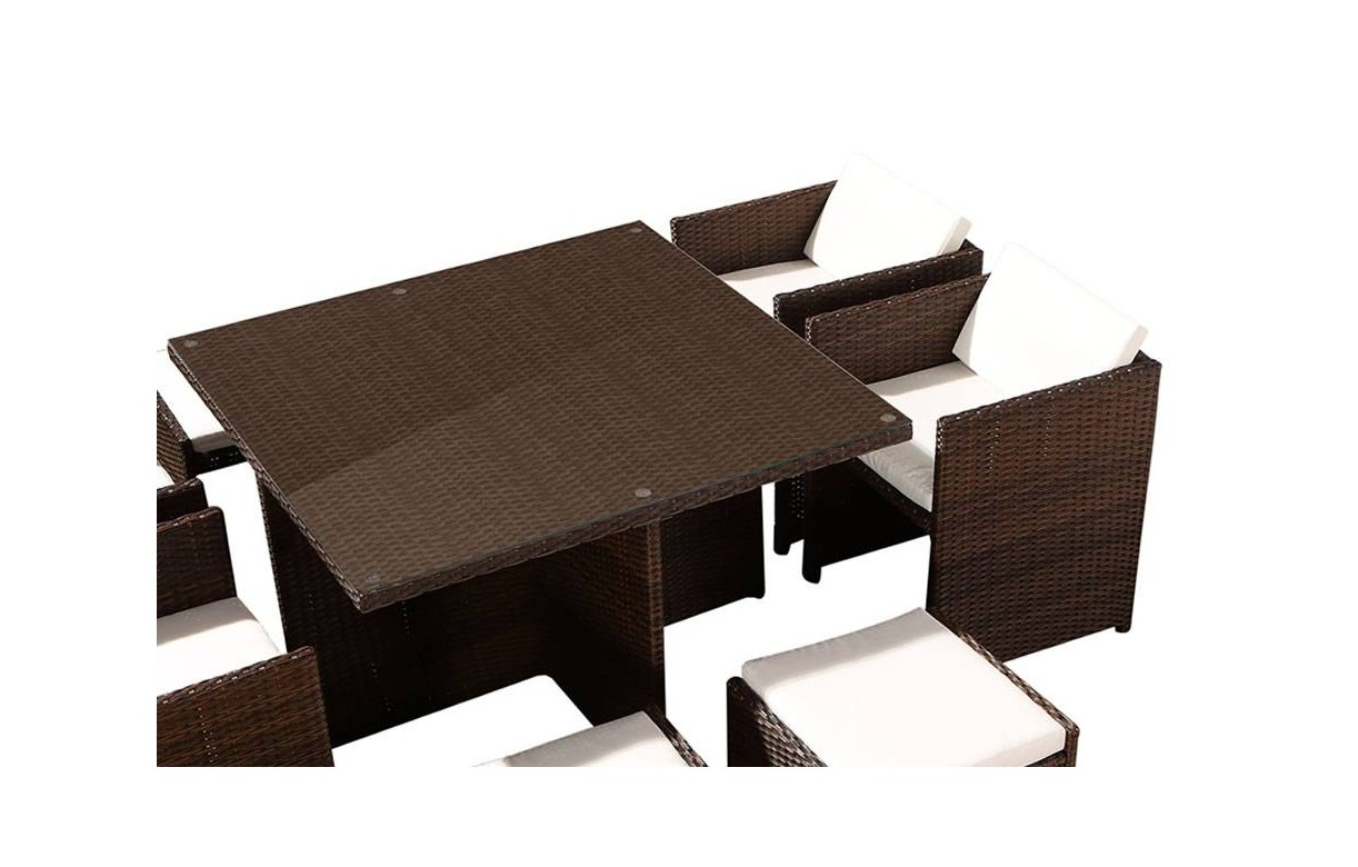 ensemble de repas d 39 ext rieure encastrable avec 4 fauteuils et 2 poufs. Black Bedroom Furniture Sets. Home Design Ideas
