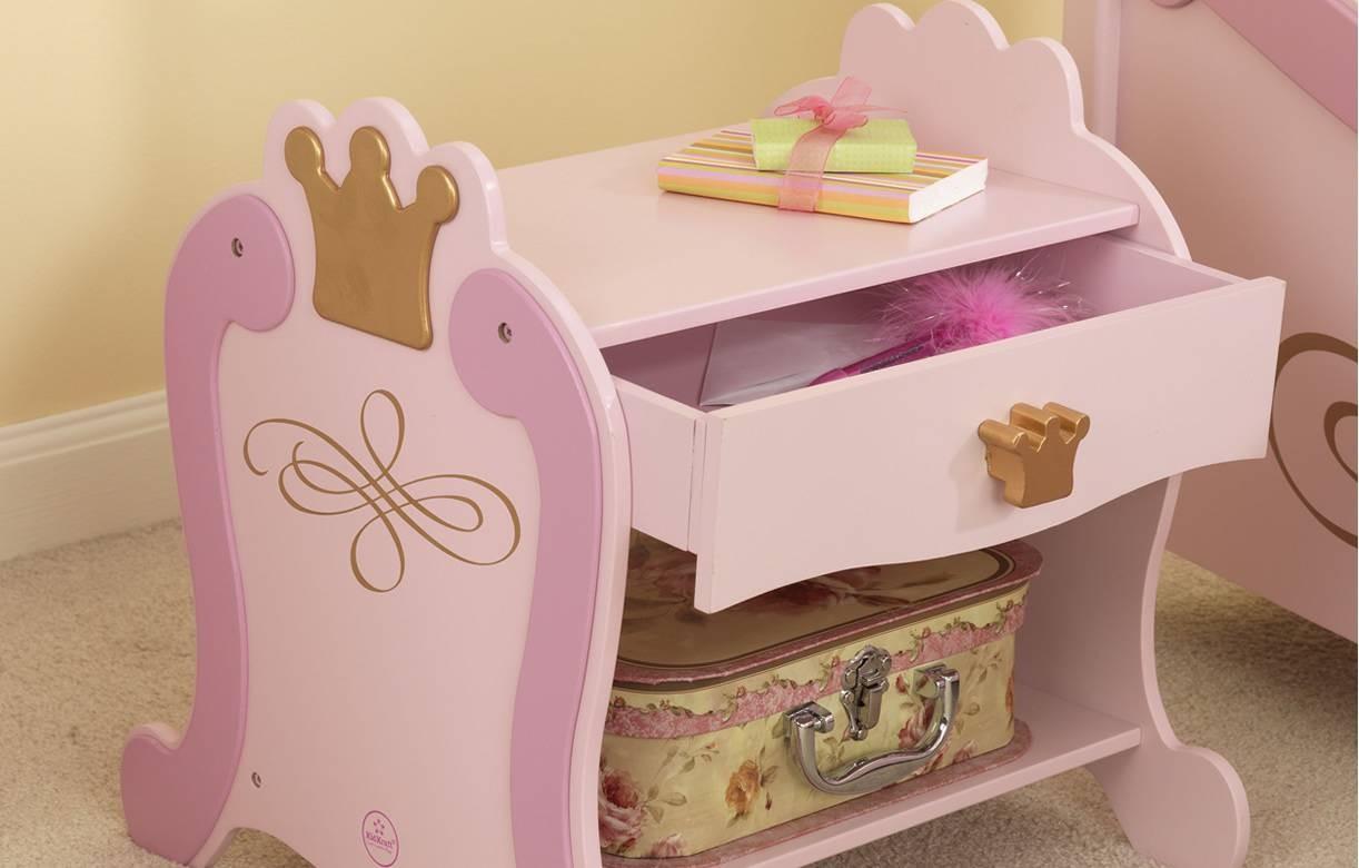 Chevet table de nuit rose princesse 76124 for Table de nuit rose