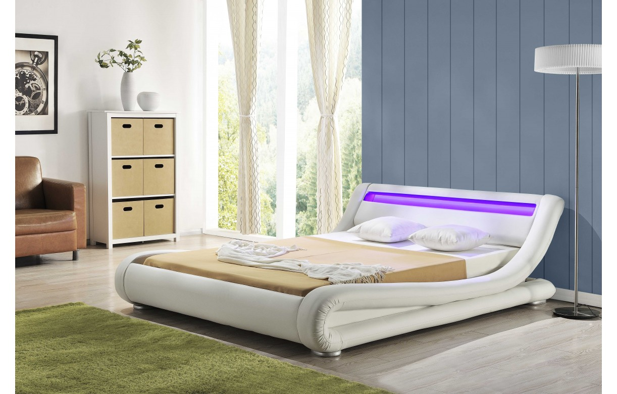 lit 160cm au design italien en simili cuir blanc led light decome store. Black Bedroom Furniture Sets. Home Design Ideas