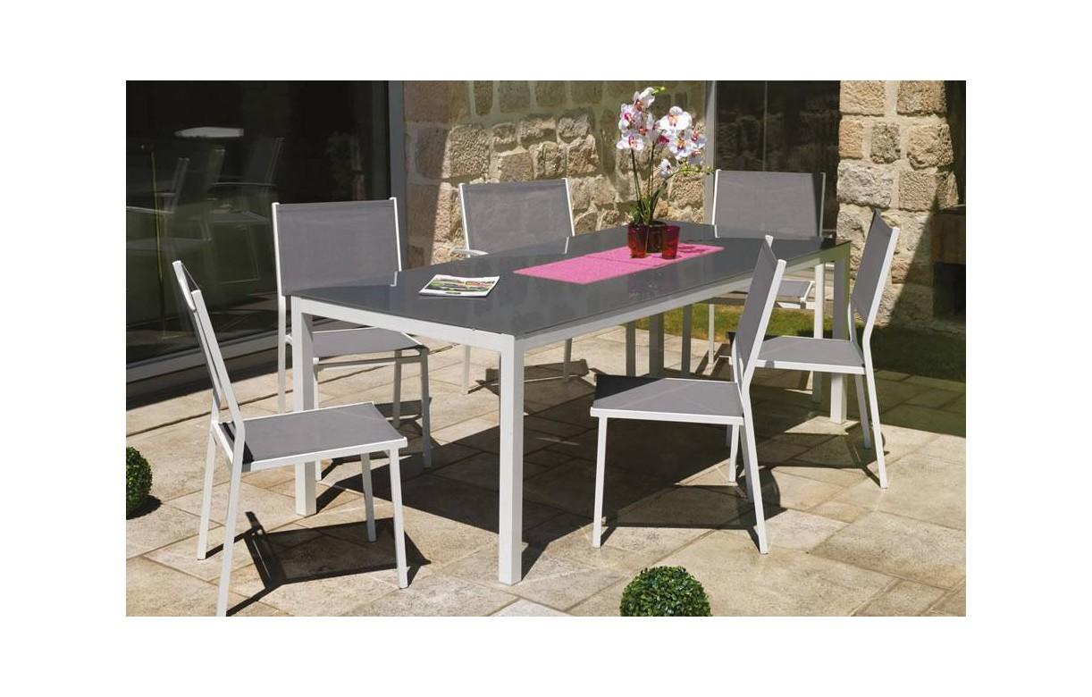 Table et chaises de jardin en aluminium gris et blanc for Table exterieur en aluminium