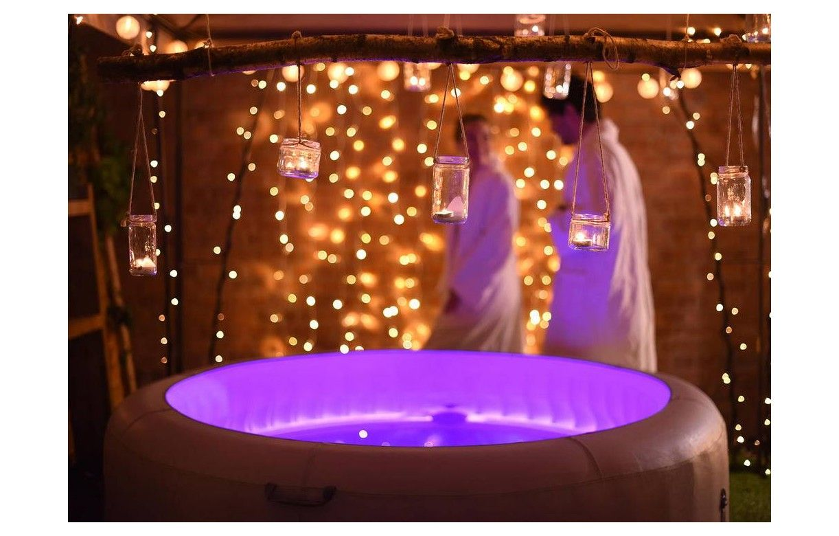Jacuzzi rond gonflable 6 personnes led bestway 54148 - Spa gonflable avec led ...