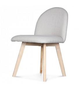 Chaise scandinave pastel avec pieds en bois Ivar