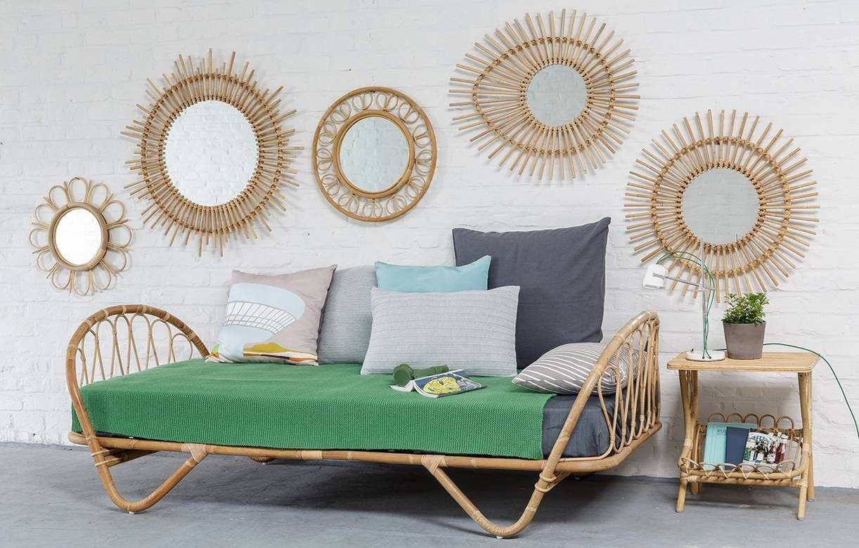 chevet porte revues vintage en rotin naturel. Black Bedroom Furniture Sets. Home Design Ideas
