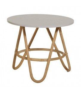 Table basse en rotin avec plateau gris -