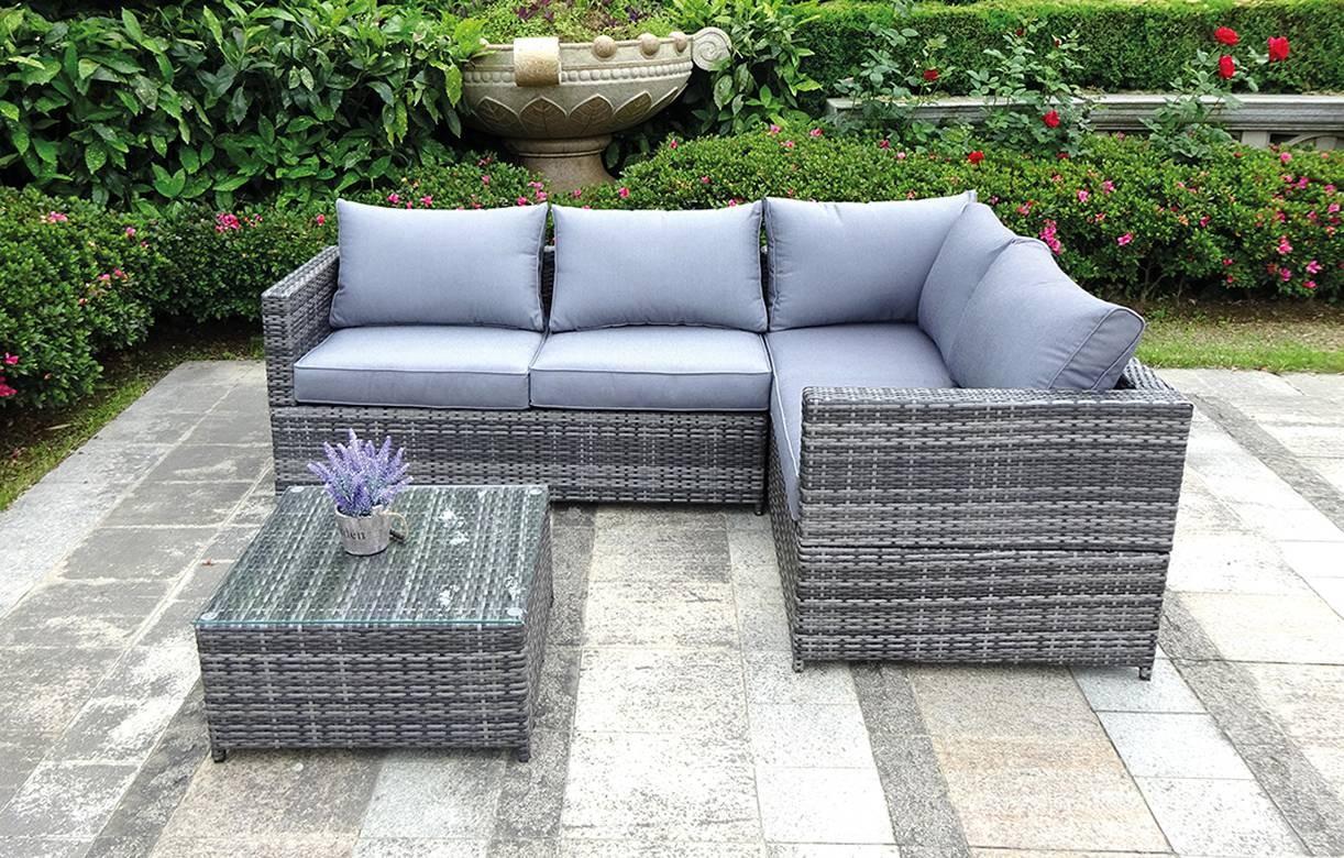 canap d 39 angle de jardin gris table basse. Black Bedroom Furniture Sets. Home Design Ideas