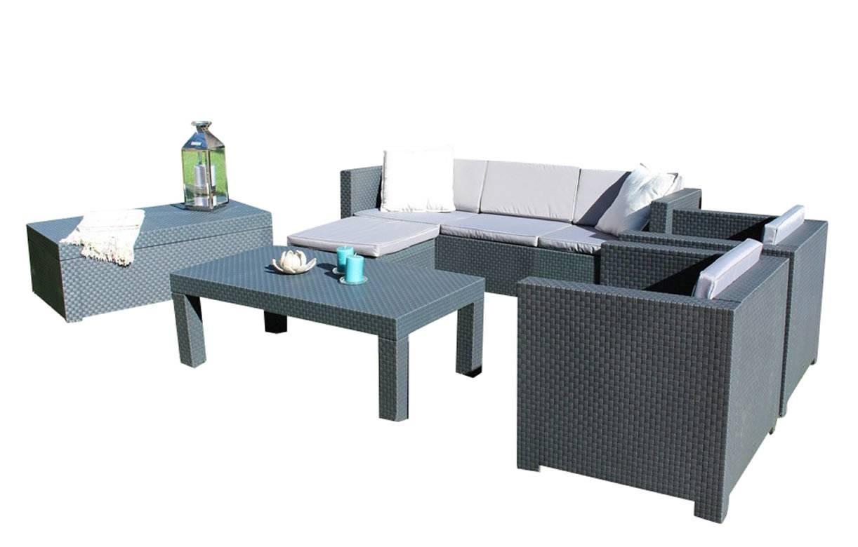 Salon de jardin gris 4 places et table basse assortie for Salon de jardin table basse