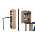 Grand rangement de cuisine bois clair avec table intégrée et rideau -