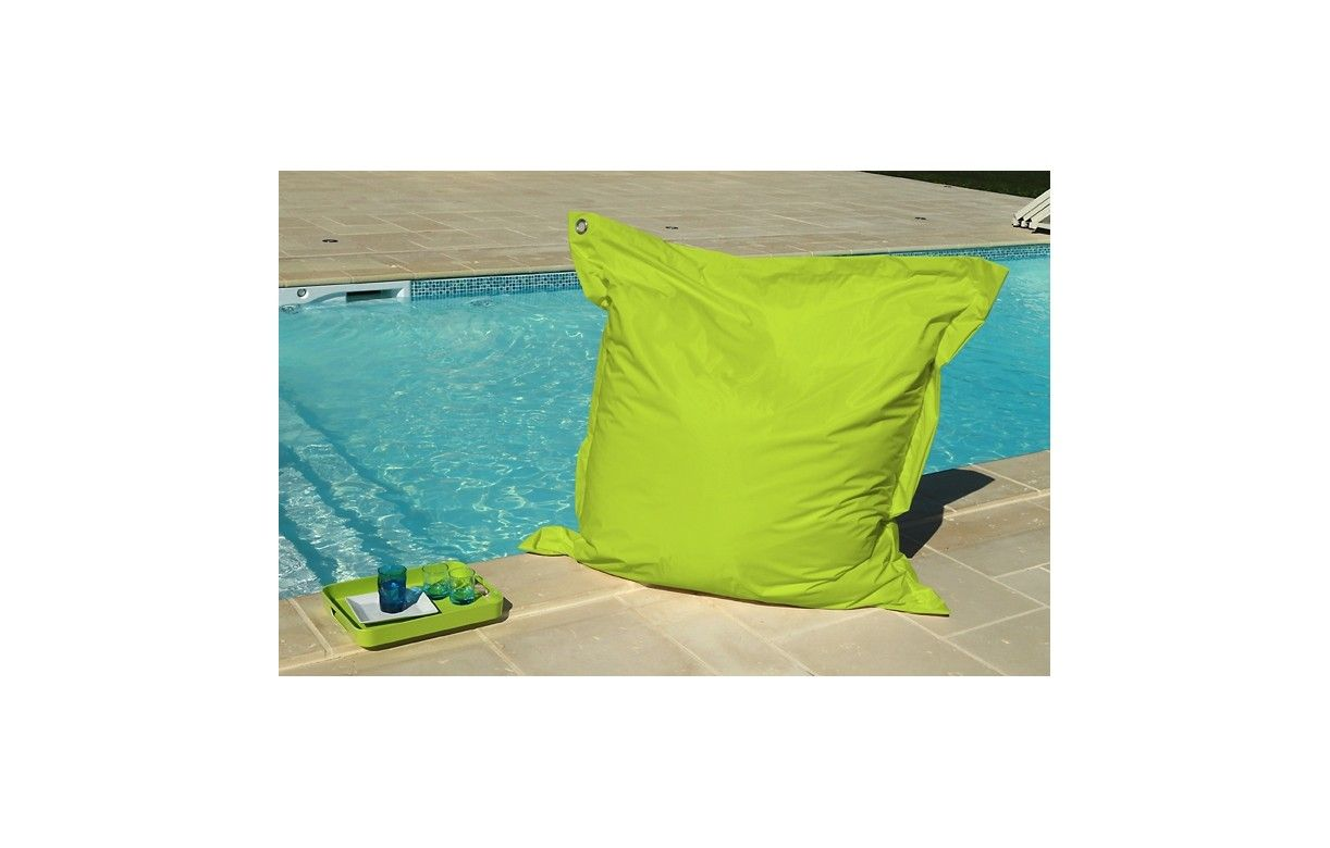 Coussin de sol pouf g ant 9 coloris bigmoon decome store for Piscine hors sol geant casino