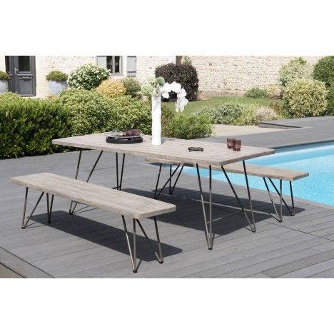 Table en bois massif et ses 2 bancs avec pieds en acier