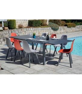 Ensemble extérieur table et chaises taupe + chaises rouge VISTA