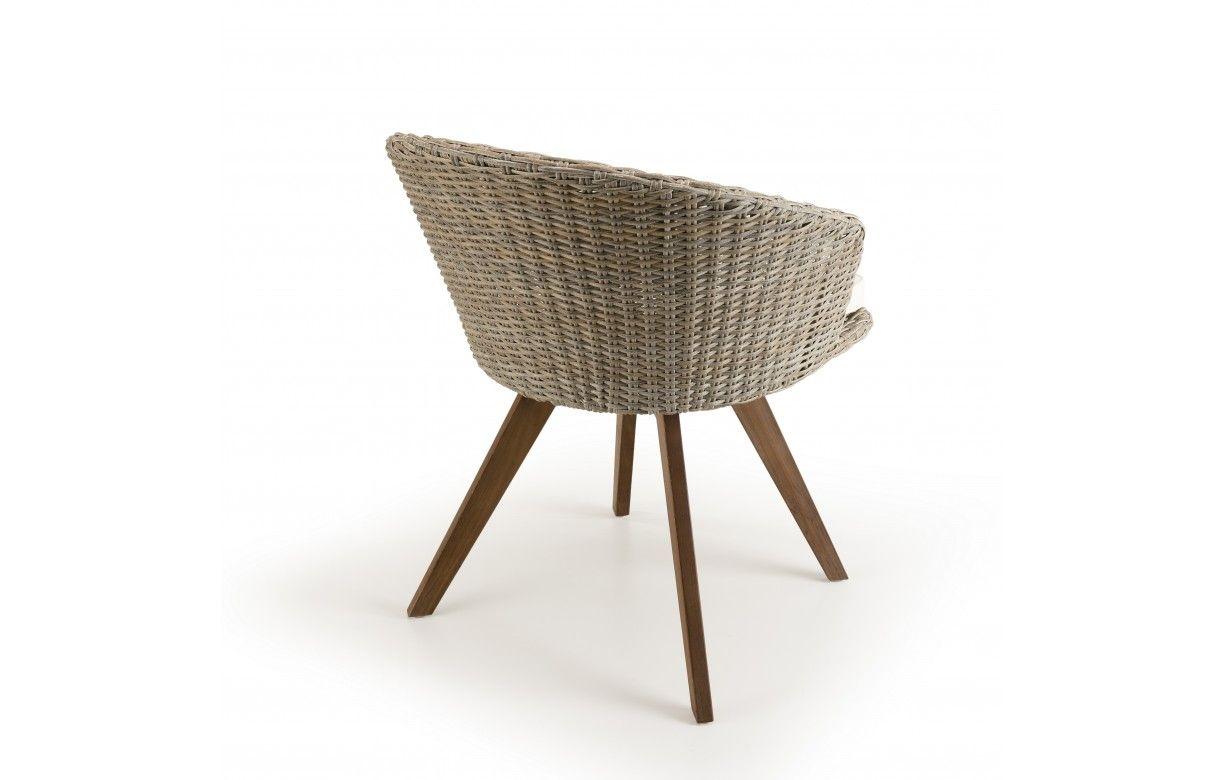 Salon de jardin avec 6 chaises en rotin et table en bois ...