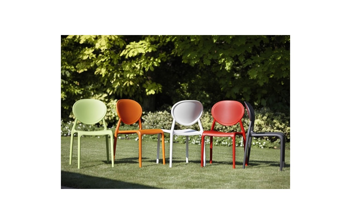 Chaise de jardin design empilable gia 5 coloris decome store - Chaise de jardin empilable ...