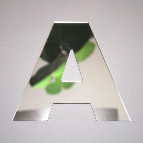 Miroir lettre Arial A adhésif -