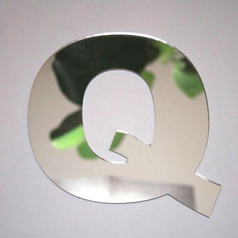 Miroir lettre Arial Q adhésif -