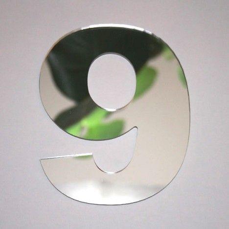 Miroir chiffre Arial 9 -